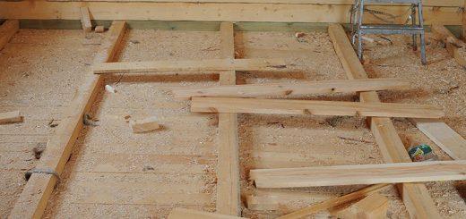 деревянный пол в частном доме
